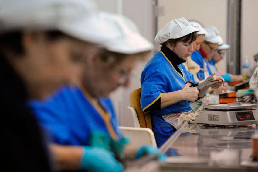 Las mujeres han finalizado el 2020 trabajando 51 días gratis